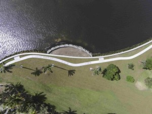 "The new ""Living Shoreline"" is shown in this July 9, 2015 aerial handout photo provided by Palm Beach County July 14, 2015 in Lake Worth, Florida.   REUTERS/Palm Beach County/Handout via Reuters"